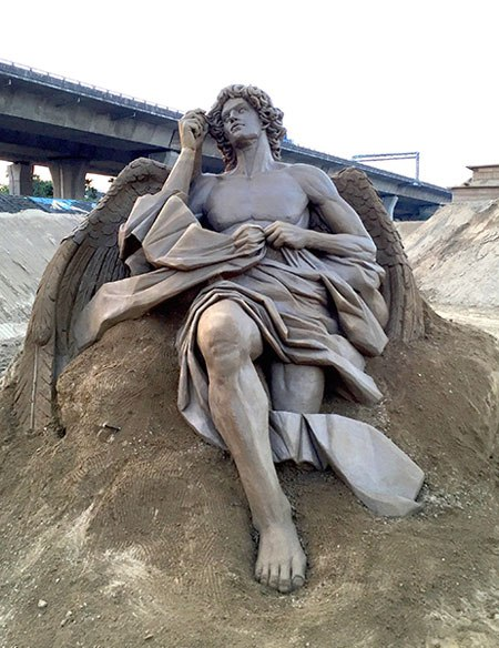 sand sculptures by toshihiko hosaka 5 Toshihiko Hosaka Creates Incredible Things Out of Sand