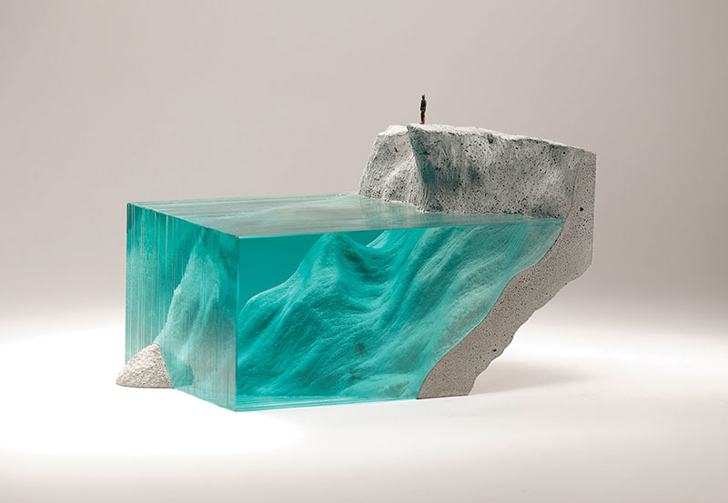 glass wave sculptures by ben young 15 Incredible Glass Wave Sculptures by Ben Young