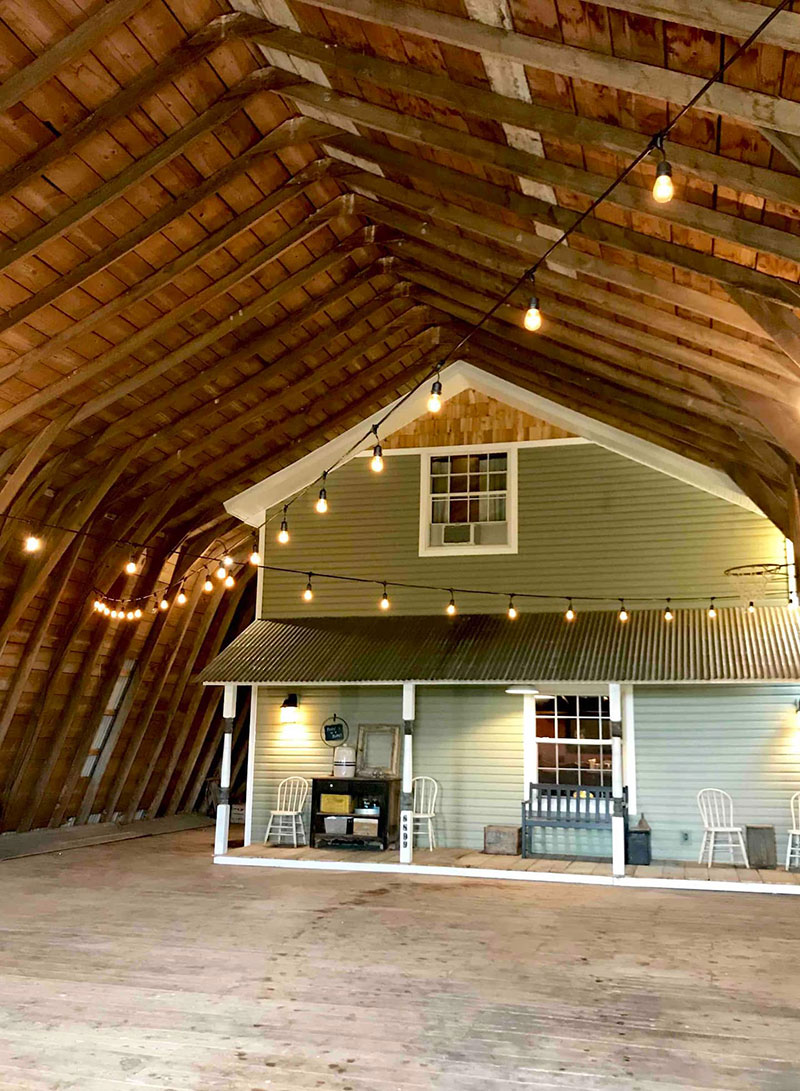 airbnb house inside barn bay port michigan 2 If You Find Yourself Near Bay Port, Michigan, You Can Stay at this House Inside a Barn