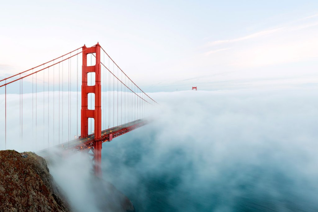 005  A National Geographic Tour of Interesting Bridges Around the World (8 Photos)