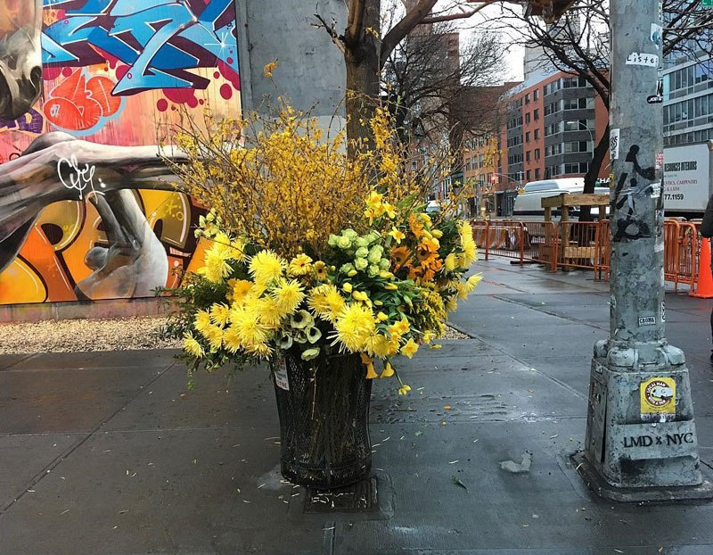 giant flower bouquets new york city streets lews miller design 3 A Team of Florists Have Been Leaving Giant Bouquets Around New York and Its Amazing
