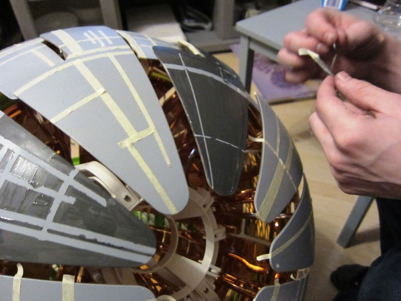 ikea death star lamp diy 8 Star War Fans Turn Popular IKEA Lamp Into Death Star